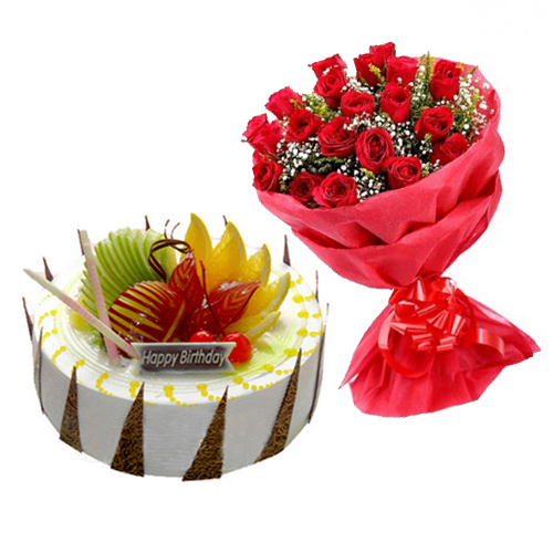 Fruit Cake With 10 Red Roses
