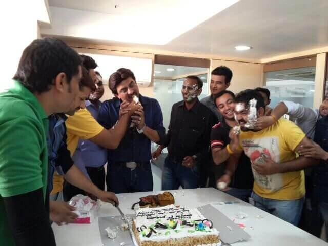 birthday cake ideas for office staff