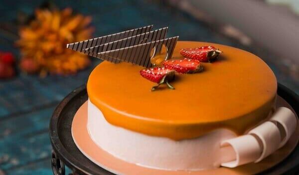 designer birthday cake for sister