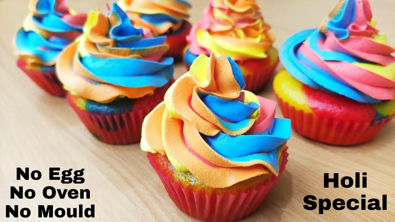 Eggless holi cupcakes